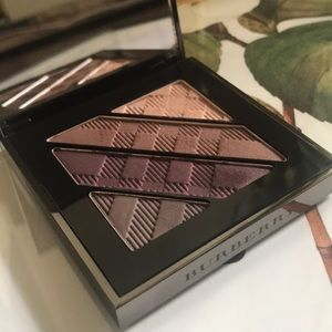 Burberry complete eye palate no6